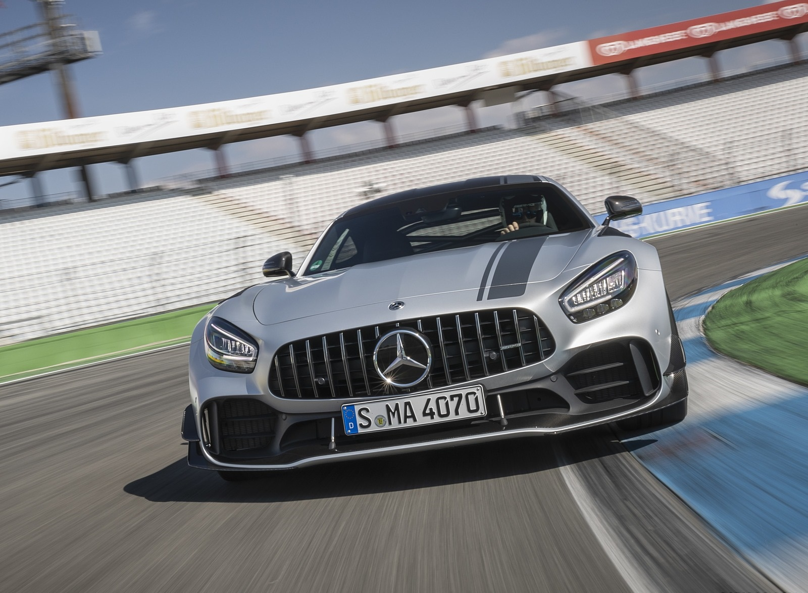 2020 Mercedes-AMG GT R Pro (Color: Designo Iridium Silver magno) Front Wallpapers (1)