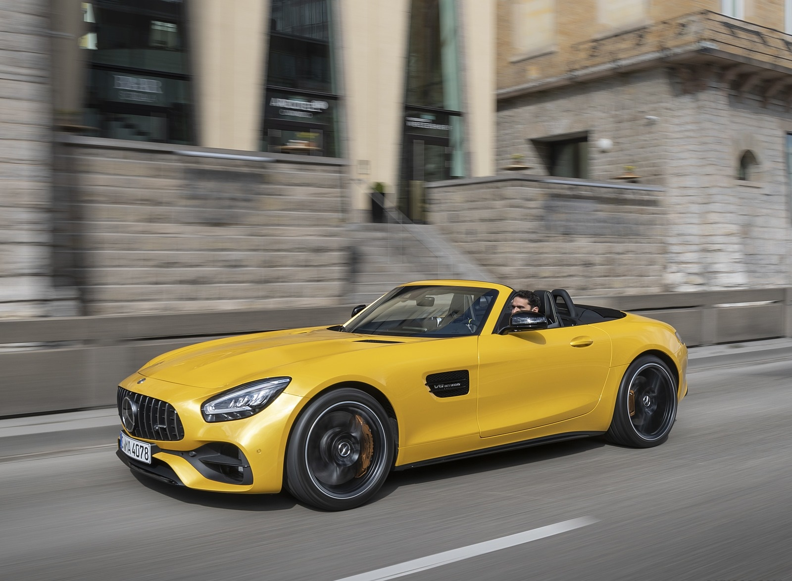 2020 Mercedes Amg Gt S Roadster Color Amg Solarbeam Front Three Quarter Wallpapers 42 Newcarcars