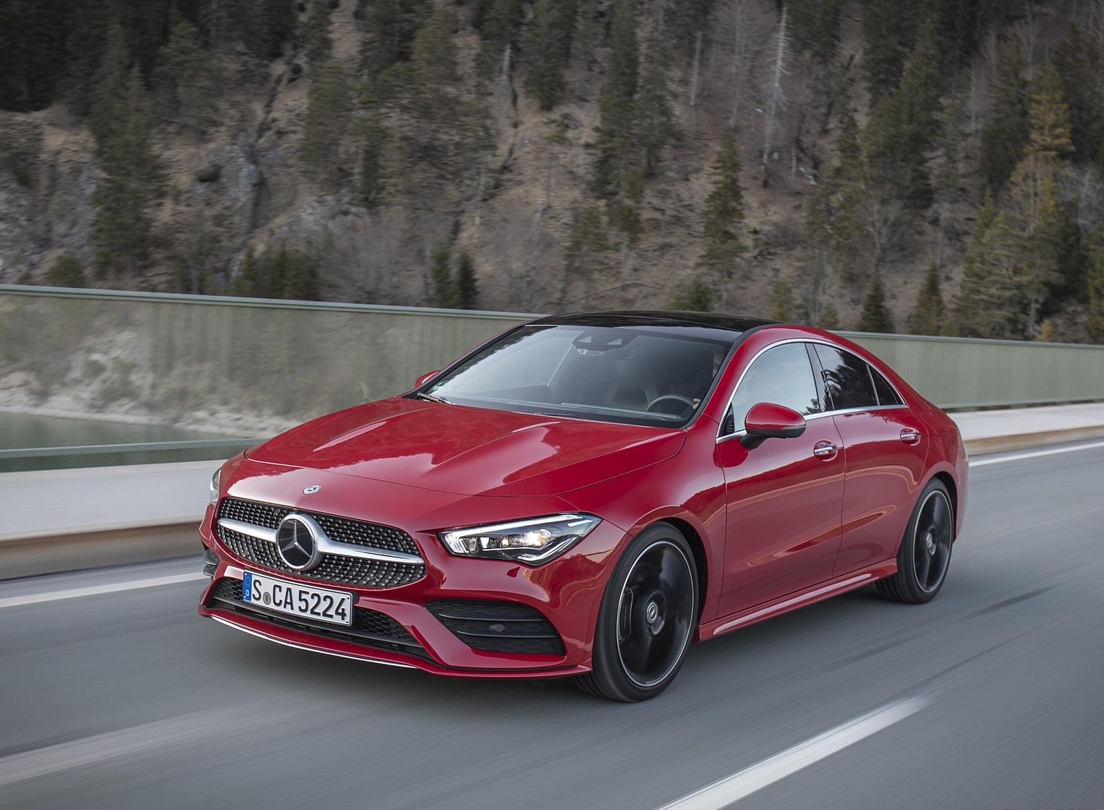 2020 Mercedes-Benz CLA 250 4MATIC Coupe AMG Line (Color: Jupiter Red) Front Three-Quarter Wallpapers (1)