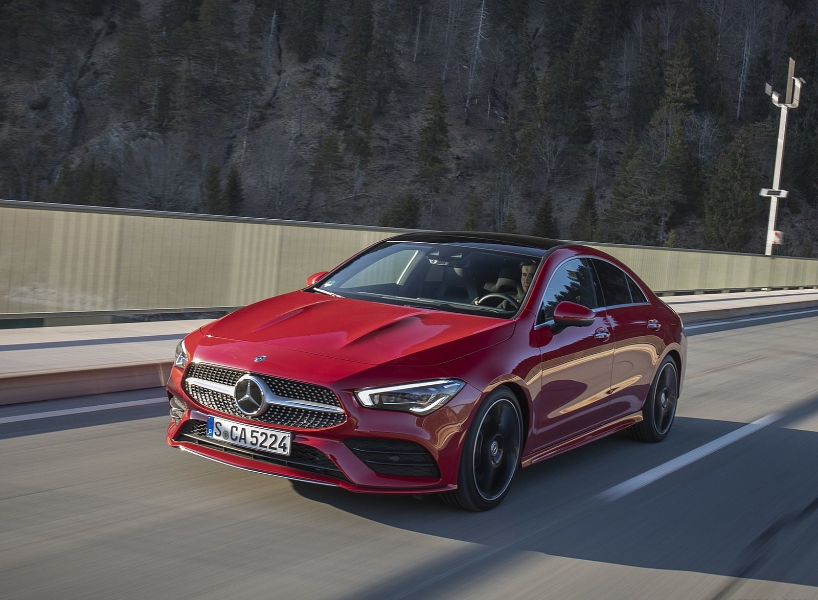 2020 Mercedes-Benz CLA 250 4MATIC Coupe AMG Line (Color: Jupiter Red) Front Three-Quarter Wallpapers (2)