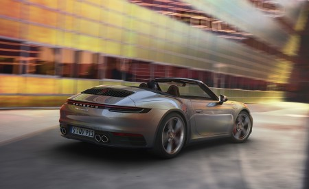 2020 Porsche 911 Carrera S Cabriolet Rear Three-Quarter Wallpaper 450x275 (192)