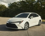 2020 Toyota Corolla Hybrid Front Three-Quarter Wallpapers 150x120 (26)
