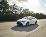 2020 Toyota Corolla Hybrid Front Three-Quarter Wallpapers 150x120 (17)