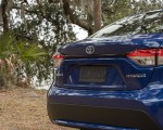 2020 Toyota Corolla Hybrid LE (Color: Blue Crush Metallic) Detail Wallpapers 150x120 (10)