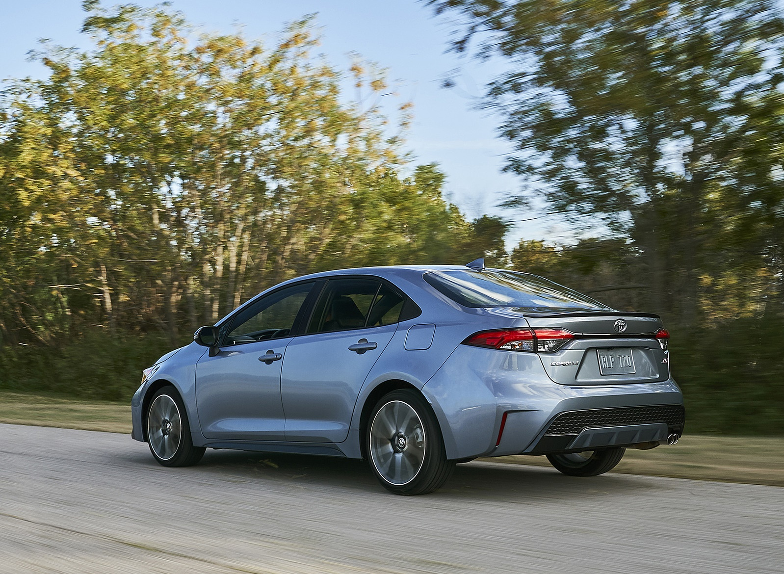 2020 Toyota Corolla XSE Rear Three-Quarter Wallpaper (5)
