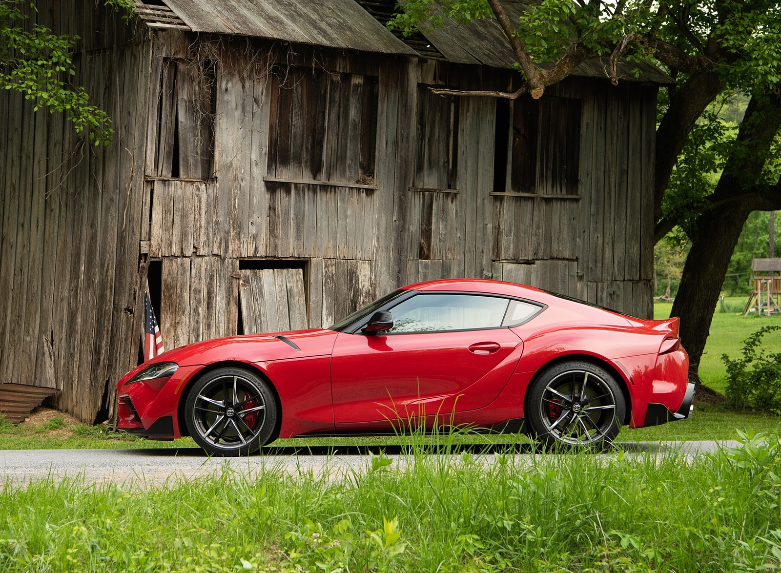 2020 Toyota Supra (Color: Renaissance Red) Side Wallpapers (10)