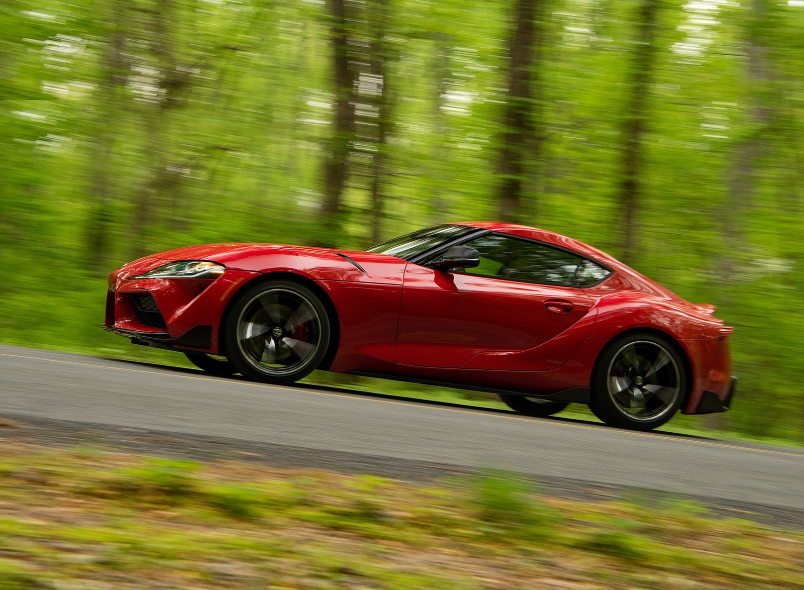 2020 Toyota Supra (Color: Renaissance Red) Side Wallpapers (5)