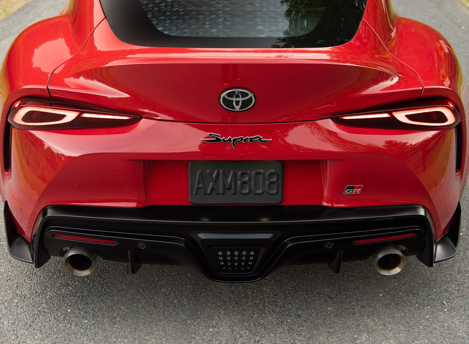 2020 Toyota Supra (Color: Renaissance Red) Tail Light Wallpapers (14)