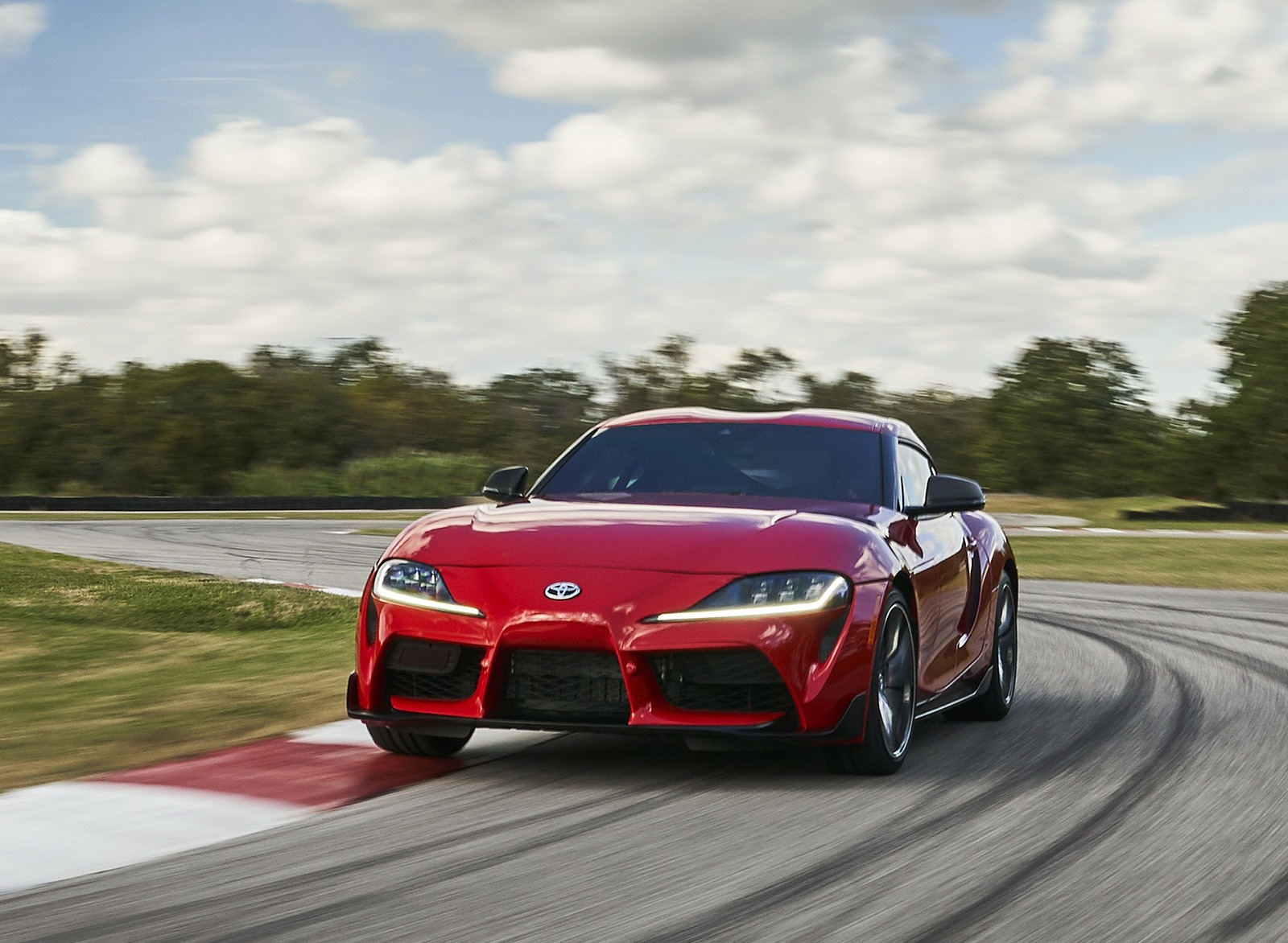 2020 Toyota Supra (Color: Renaissance Red) Front Three-Quarter Wallpapers (1)
