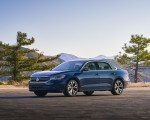2020 Volkswagen Passat Front Three-Quarter Wallpapers 150x120 (45)