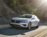 2020 Volkswagen Passat Front Three-Quarter Wallpapers 150x120 (4)