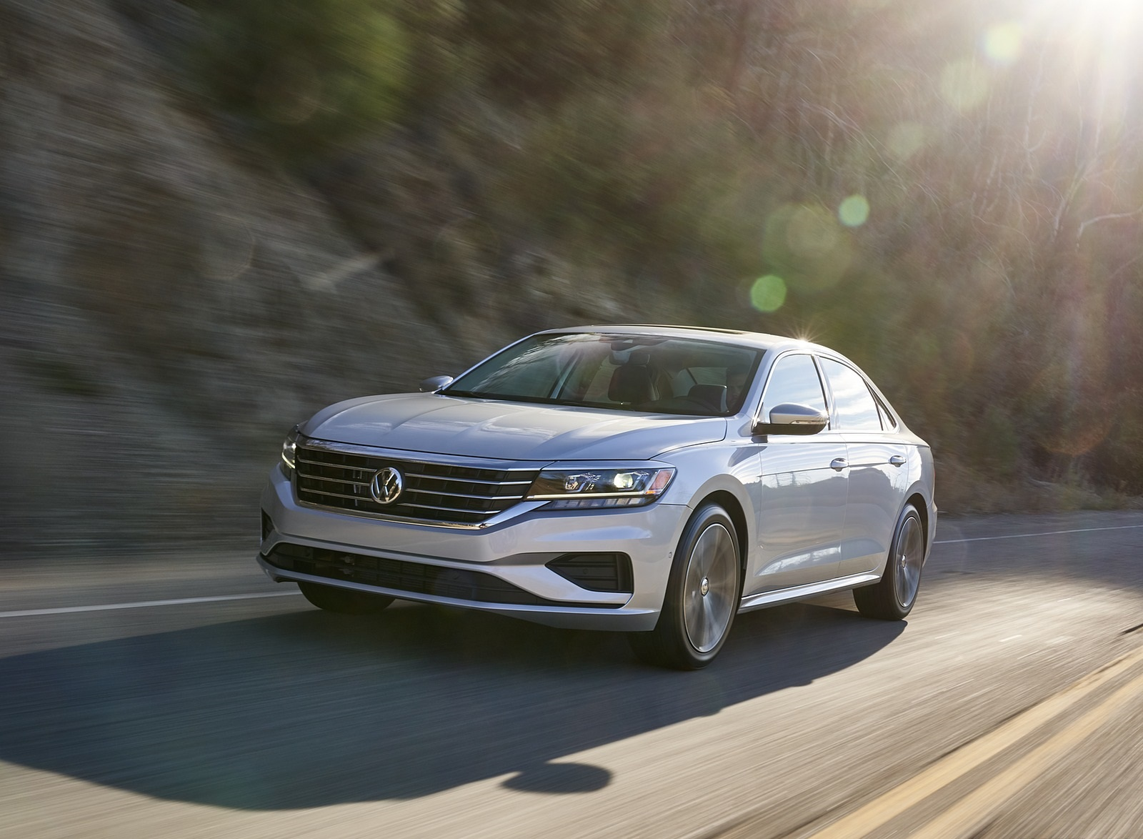 2020 Volkswagen Passat Front Three-Quarter Wallpapers (4)