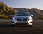 2020 Volkswagen Passat Front Wallpapers 150x120 (28)