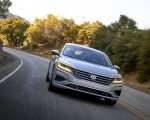 2020 Volkswagen Passat Front Wallpapers 150x120 (17)