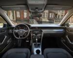 2020 Volkswagen Passat Interior Cockpit Wallpaper 150x120 (20)