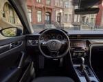 2020 Volkswagen Passat Interior Wallpaper 150x120 (22)