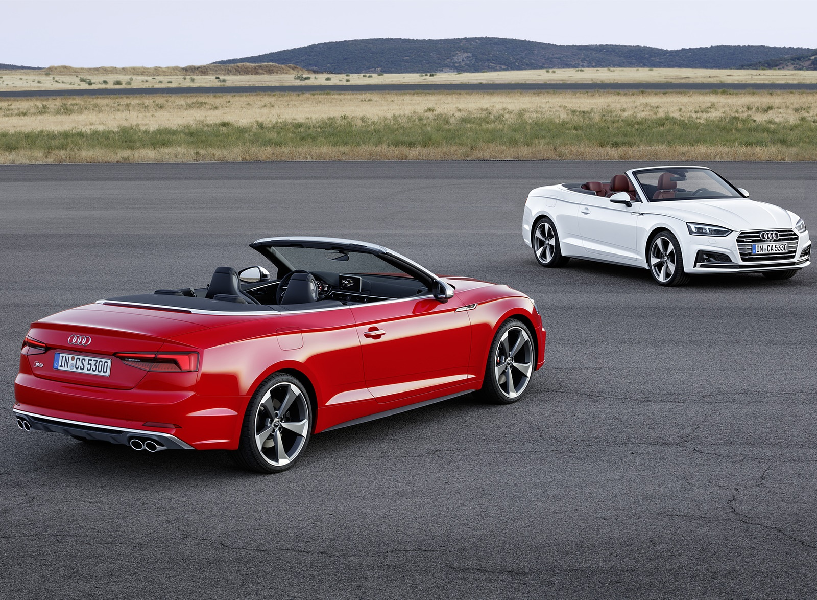 2018 A5 Cabrio and 2018 Audi S5 Cabriolet (Color: Misano Red) Wallpaper (14)