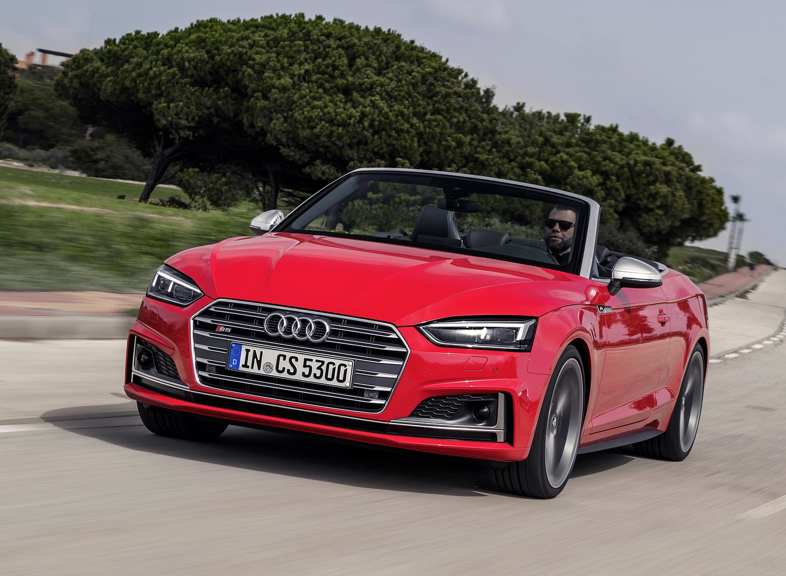 2018 Audi S5 Cabriolet (Color: Misano Red) Front Wallpaper (7)