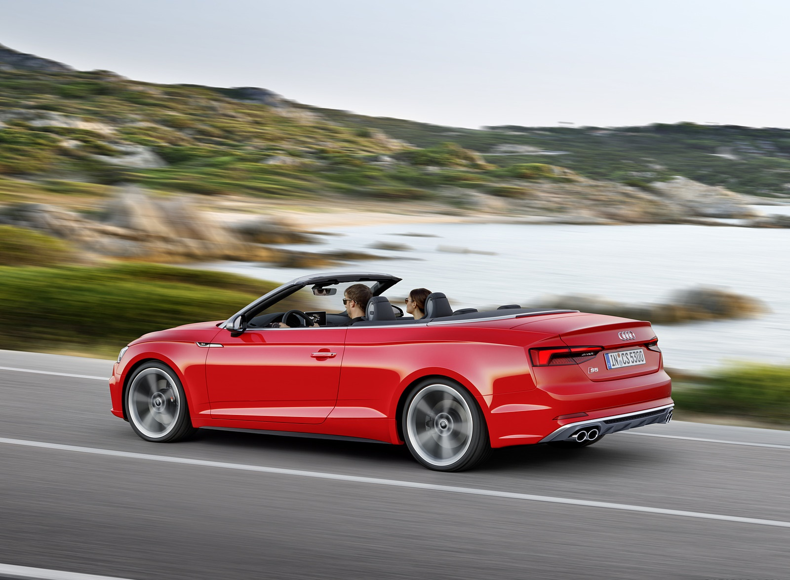 2018 Audi S5 Cabriolet (Color: Misano Red) Side Wallpaper (10)