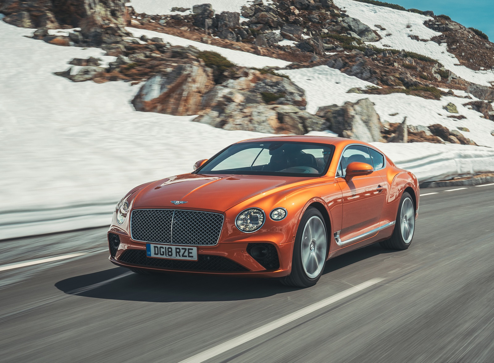 2018 Bentley Continental GT (Color: Orange Flame) Front Three-Quarter Wallpapers (2)