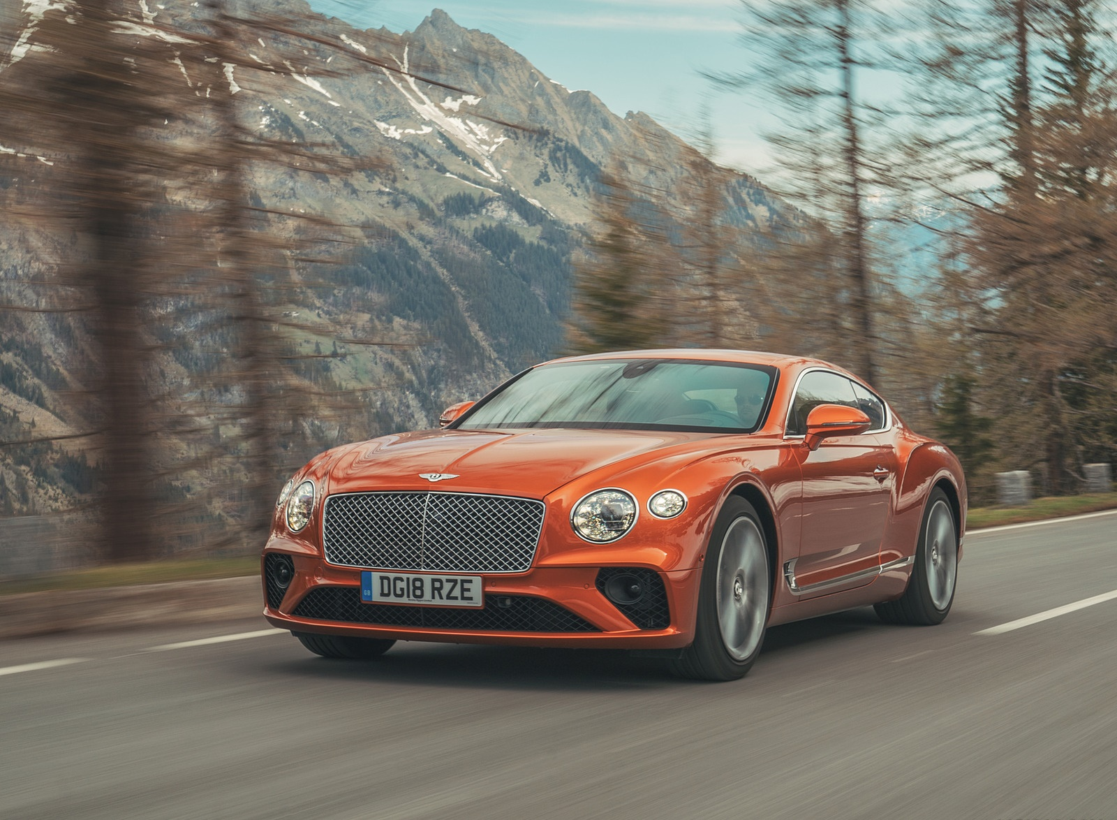 2018 Bentley Continental GT (Color: Orange Flame) Front Three-Quarter Wallpapers (3)