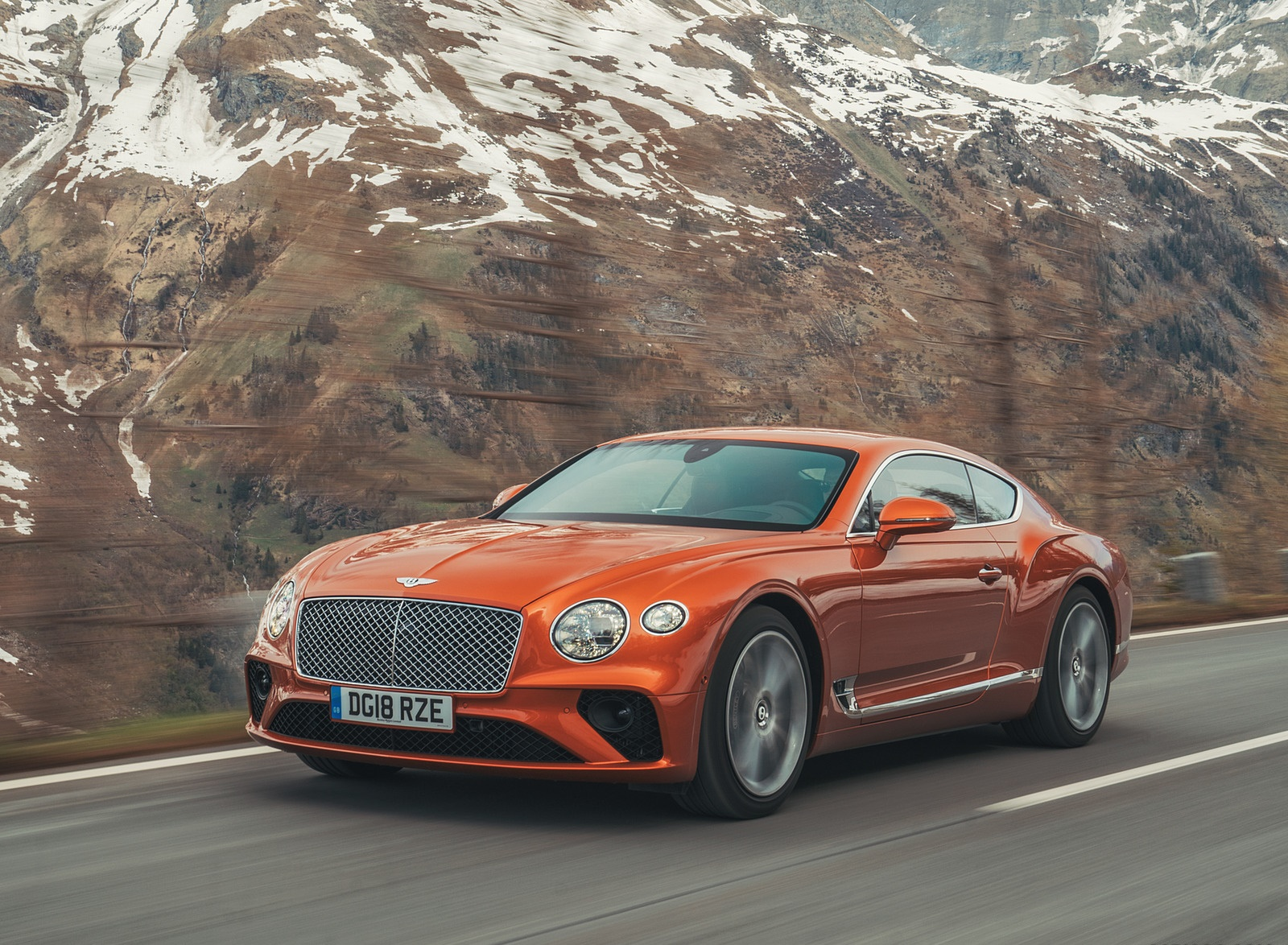 2018 Bentley Continental GT (Color: Orange Flame) Front Three-Quarter Wallpapers (4)