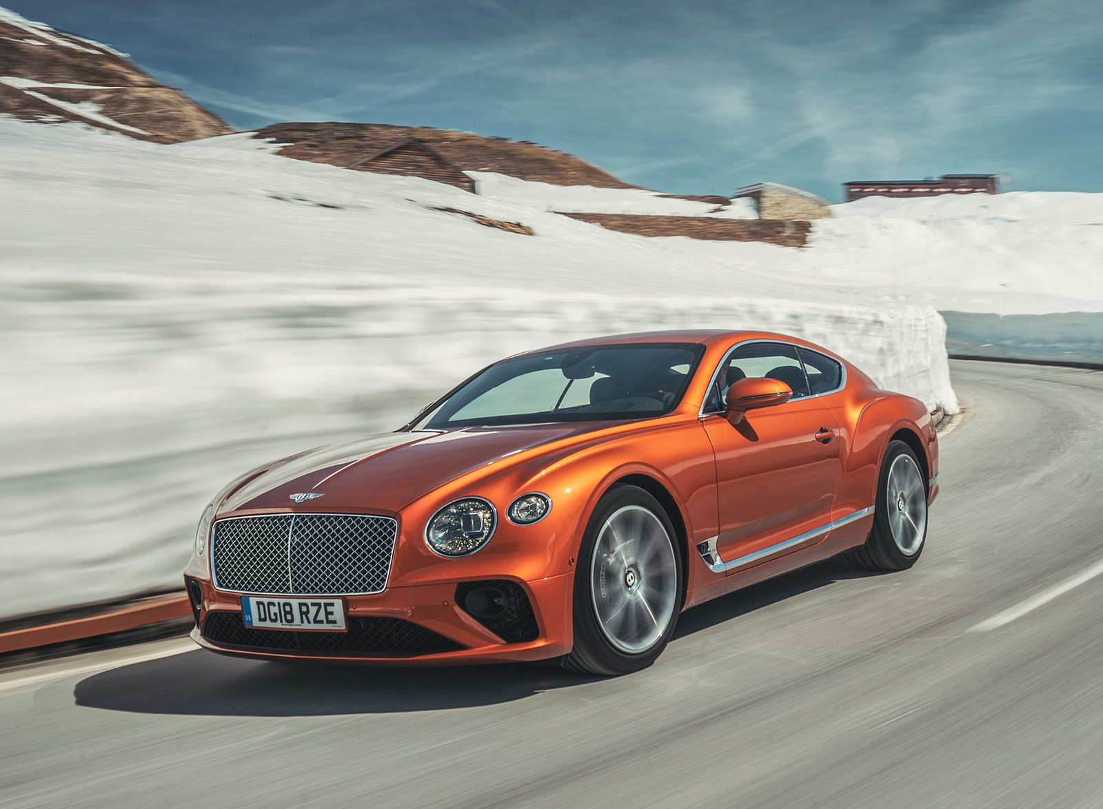 2018 Bentley Continental GT (Color: Orange Flame) Front Three-Quarter Wallpapers (5)