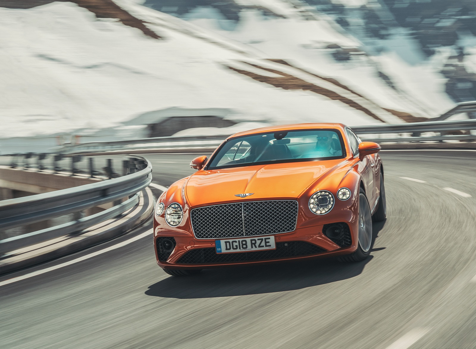 2018 Bentley Continental GT (Color: Orange Flame) Front Wallpapers (1)