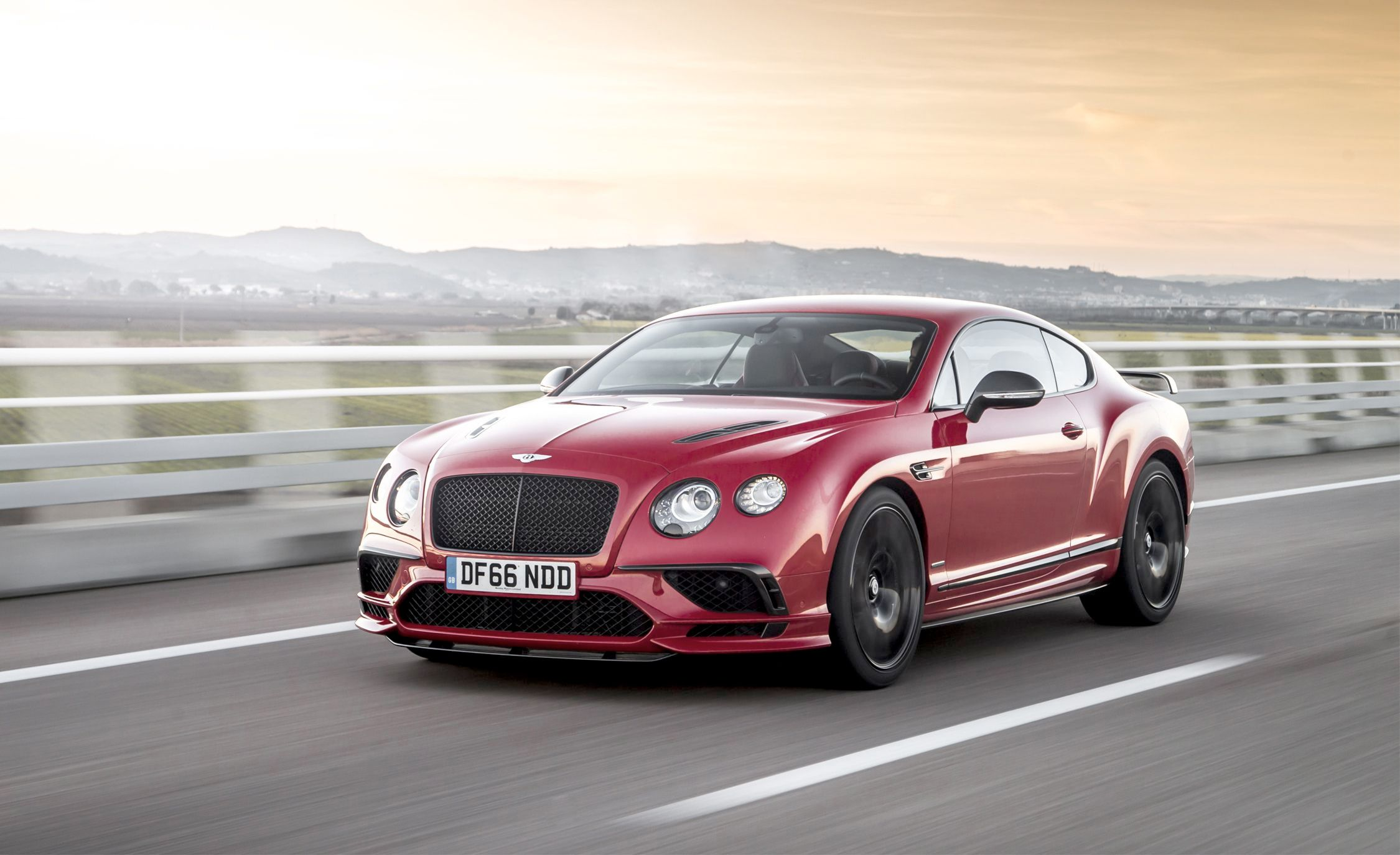2018 Bentley Continental GT Supersports Coupe (Color: St. James Red) Front Wallpapers (12)