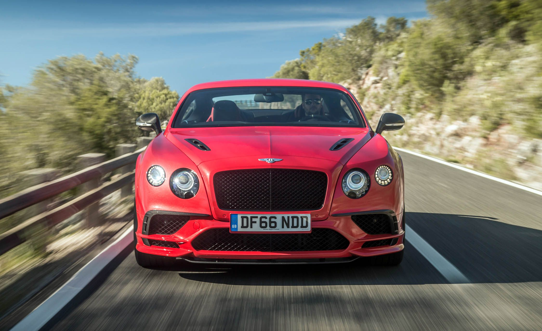 2018 Bentley Continental GT Supersports Coupe (Color: St. James Red) Front Wallpapers (2)