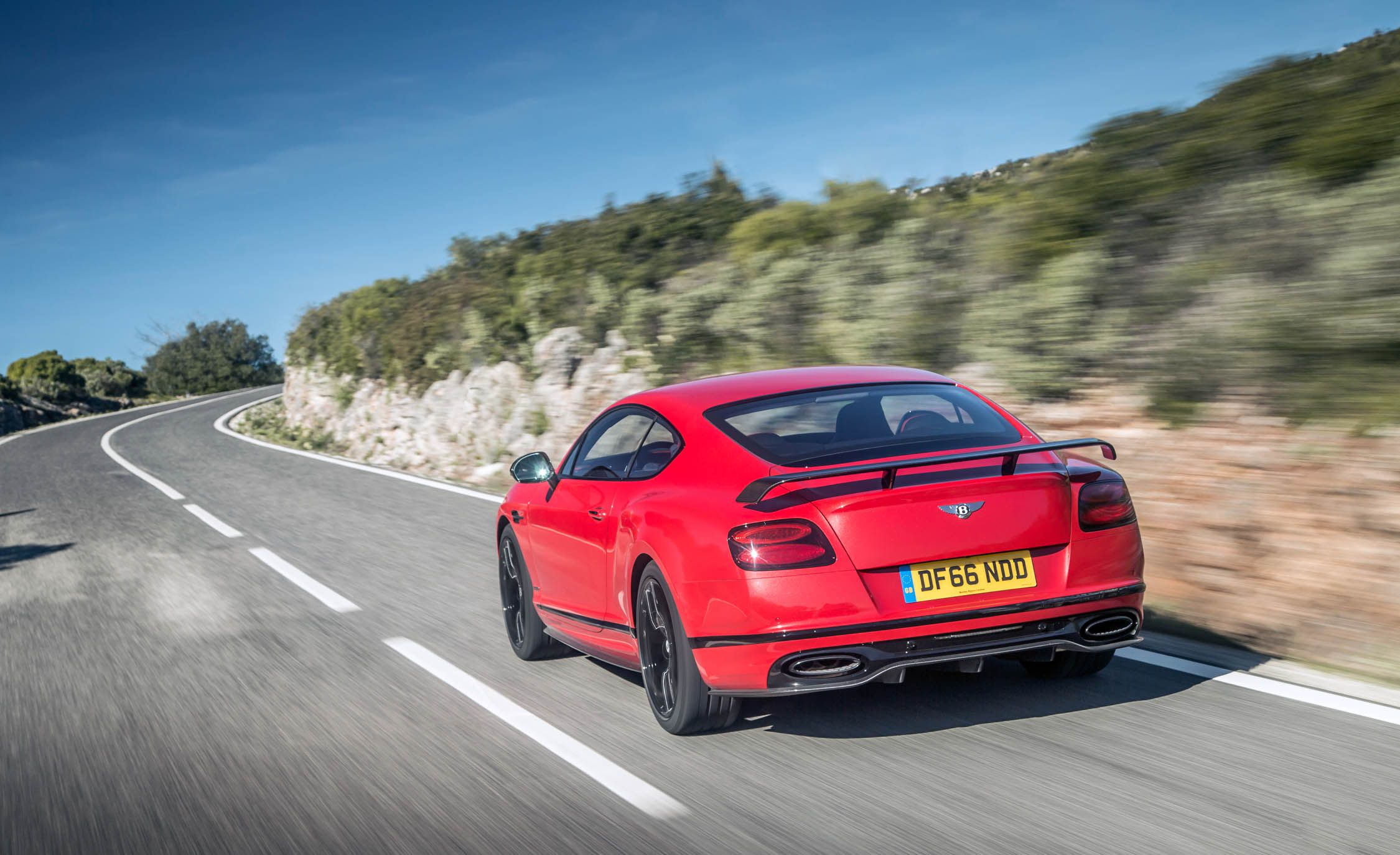 2018 Bentley Continental GT Supersports Coupe (Color: St. James Red) Rear Three-Quarter Wallpapers (5)