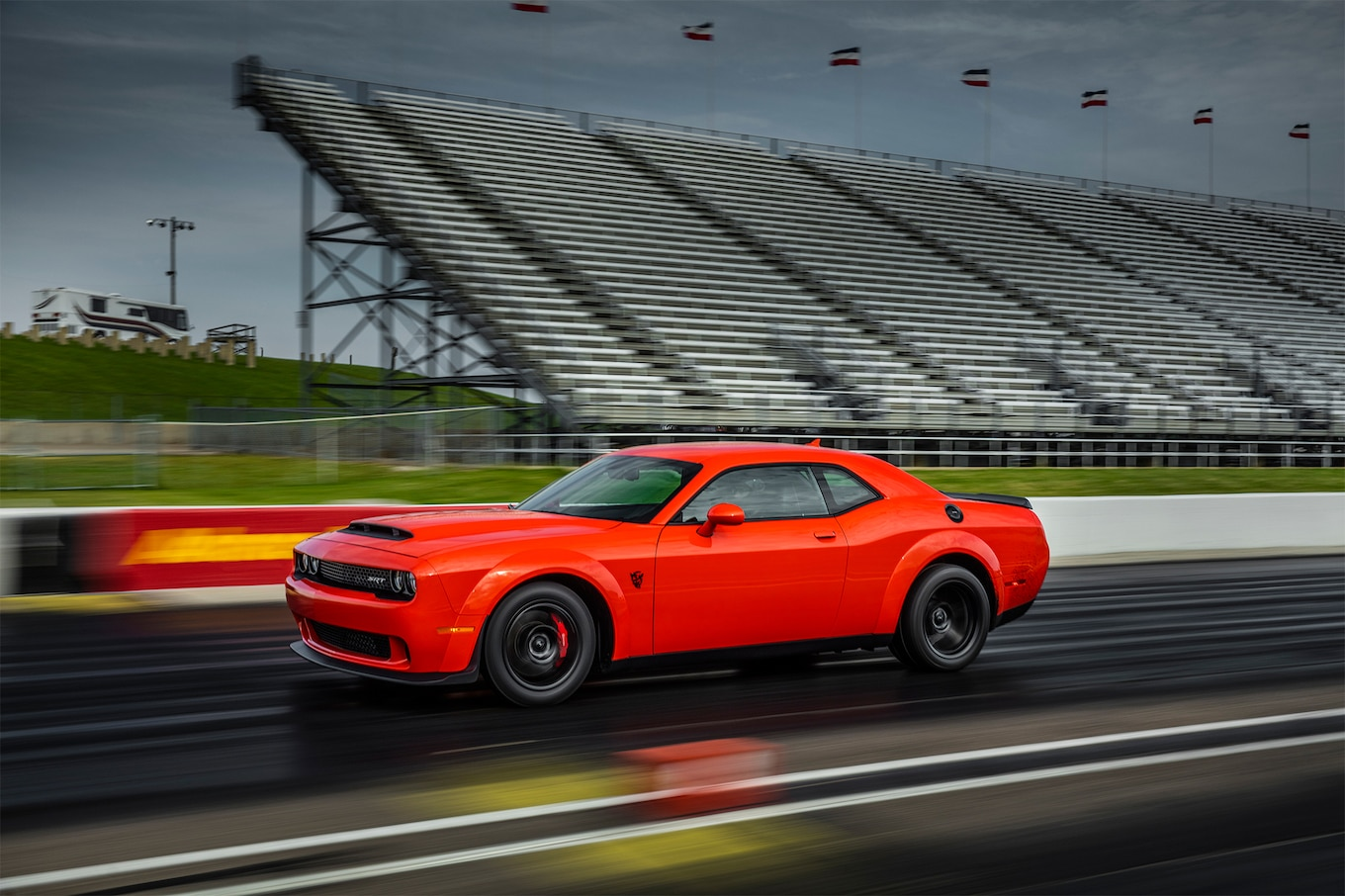 2018 Dodge Challenger SRT Demon Front Three-Quarter Wallpapers (2)