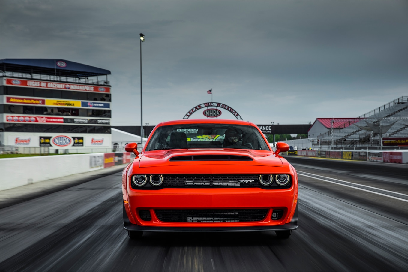 2018 Dodge Challenger SRT Demon Front Wallpapers (3)