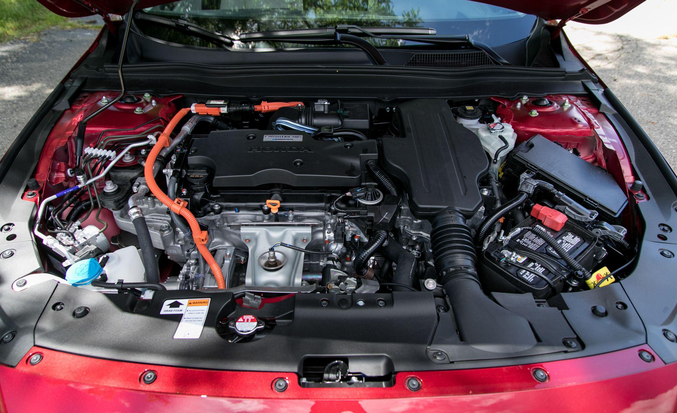2018 Honda Accord Hybrid Engine Wallpapers (11)