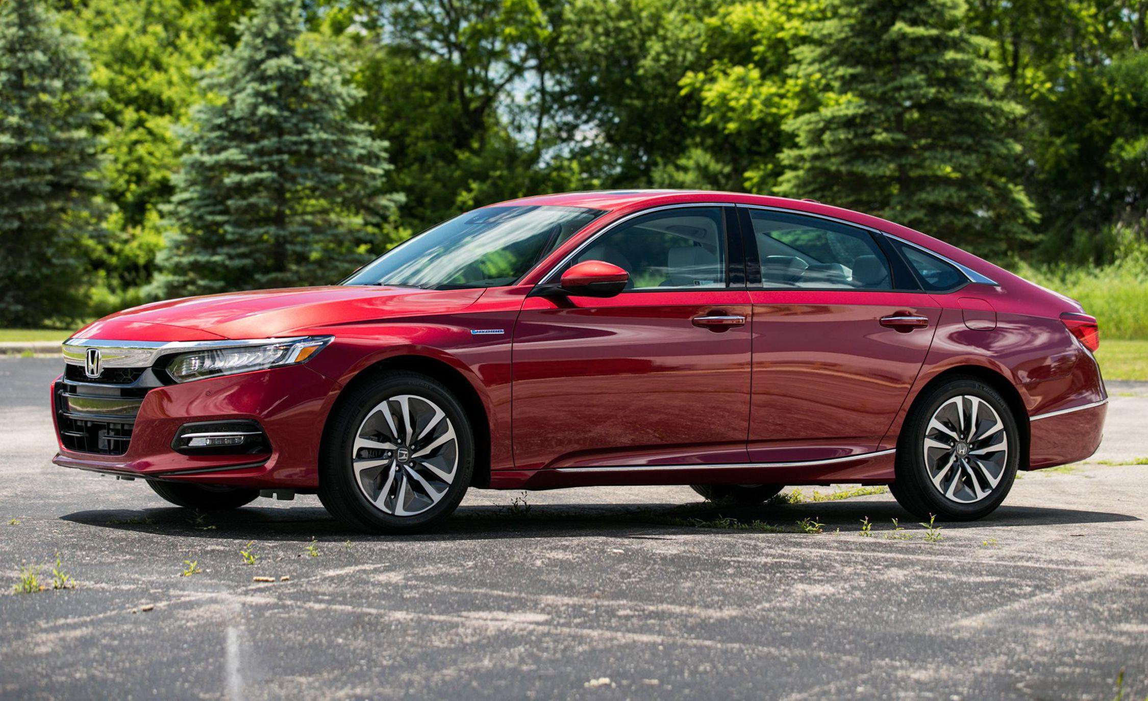2018 Honda Accord Hybrid Front Three-Quarter Wallpapers (3)
