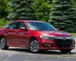 2018 Honda Accord Hybrid Front Three-Quarter Wallpapers 150x120 (4)