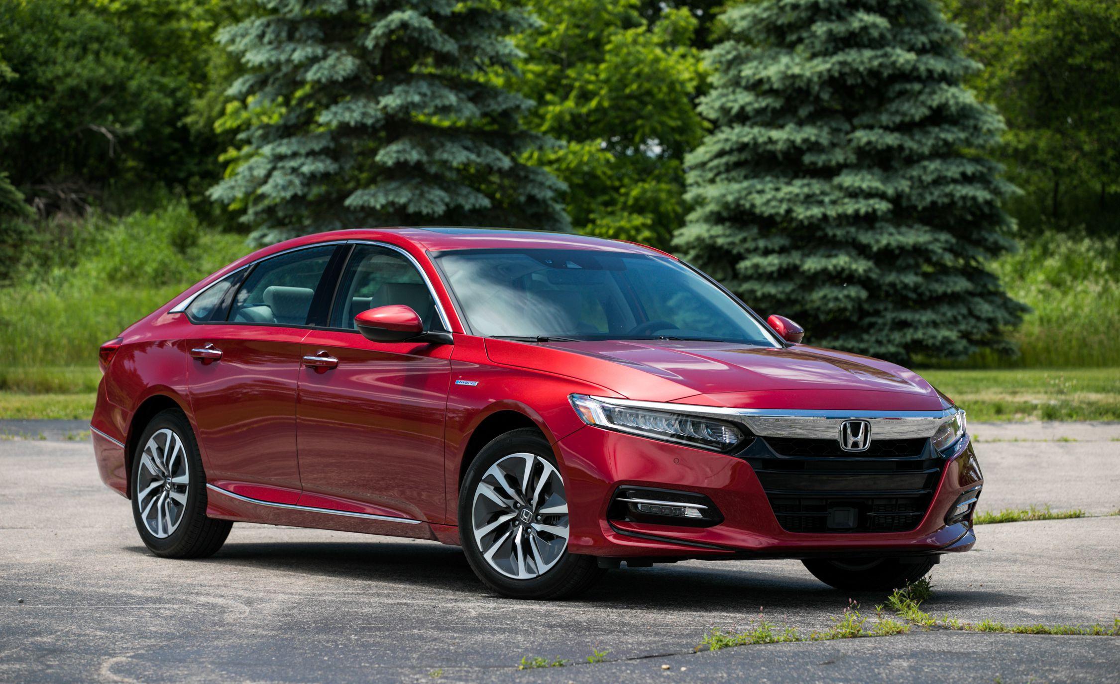 2018 Honda Accord Hybrid Front Three-Quarter Wallpapers (4)