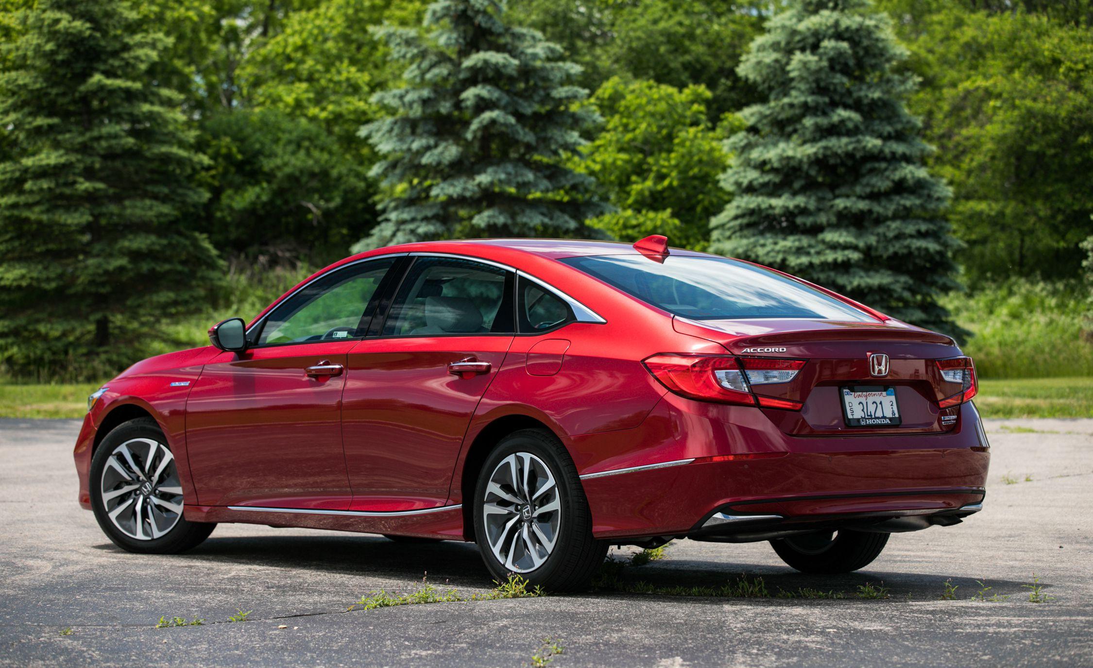 2018 Honda Accord Hybrid Rear Three-Quarter Wallpapers (6)