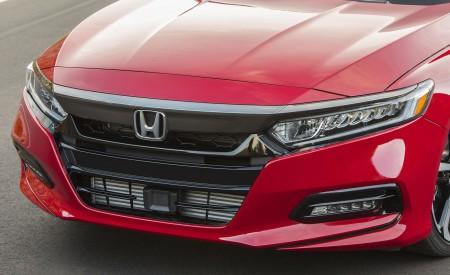 2018 Honda Accord Sport 2.0T Manual Grill Wallpapers 450x275 (22)