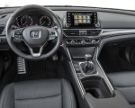 2018 Honda Accord Sport 2.0T Manual Interior Cockpit Wallpapers 150x120 (31)