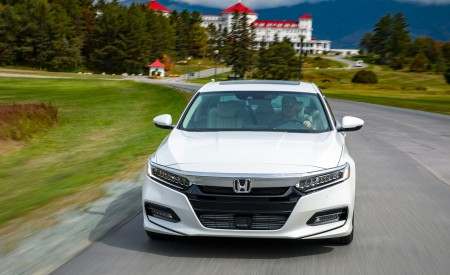 2018 Honda Accord Touring 1.5T Front Wallpapers 450x275 (66)