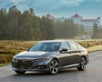 2018 Honda Accord Touring 2.0T Front Three-Quarter Wallpapers 150x120