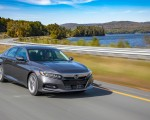 2018 Honda Accord Touring 2.0T Front Three-Quarter Wallpapers 150x120 (50)