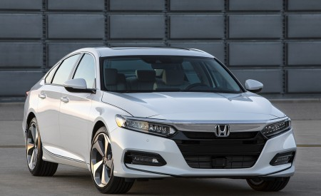 2018 Honda Accord Touring Front Wallpapers 450x275 (94)