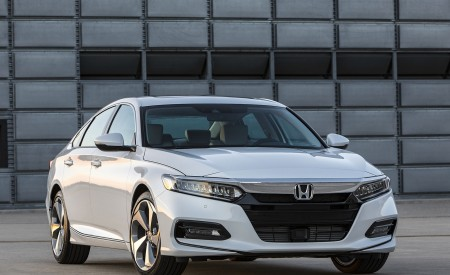 2018 Honda Accord Touring Front Wallpapers 450x275 (95)