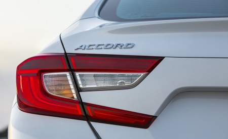 2018 Honda Accord Touring Tail Light Wallpapers 450x275 (99)
