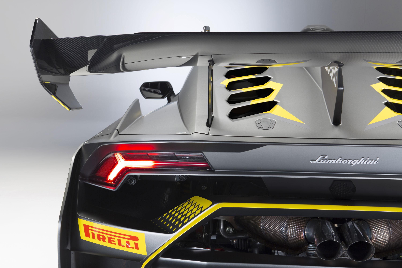 2018 Lamborghini Huracán Super Trofeo EVO Spoiler Wallpapers (9)