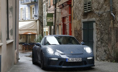 2018 Porsche 911 GT3 with Touring Package Front Wallpaper 450x275 (50)