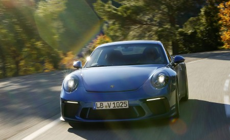2018 Porsche 911 GT3 with Touring Package Front Wallpaper 450x275 (44)