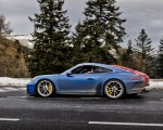 2018 Porsche 911 GT3 with Touring Package Side Wallpaper 150x120 (21)